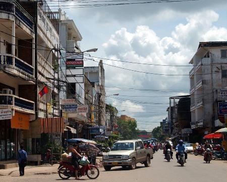 挝首都万象街头.jpg