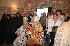 МИТРОПОЛИТ АМФИЛОХИЈЕ И ЕПИСКОП АУСТРАЛИЈСКО-НОВОЗЕЛАНДСКИ ИРИНЕЈ СЛУЖИЛИ У ЛИМЉАНИМА