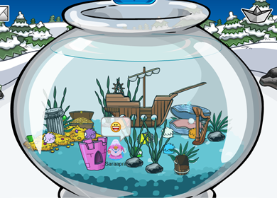 Saraapril's Fish Bowl Igloo :)