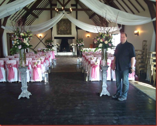 Great-Hall-at-Mains-with-Jason-from-Flower-design
