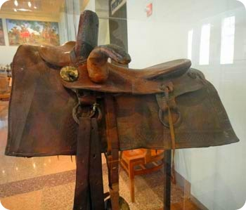 4-first-side-saddle