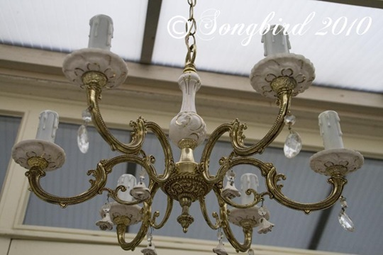 Chandelier with Porcelain details