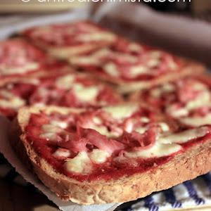 Quick Mini Pizzas