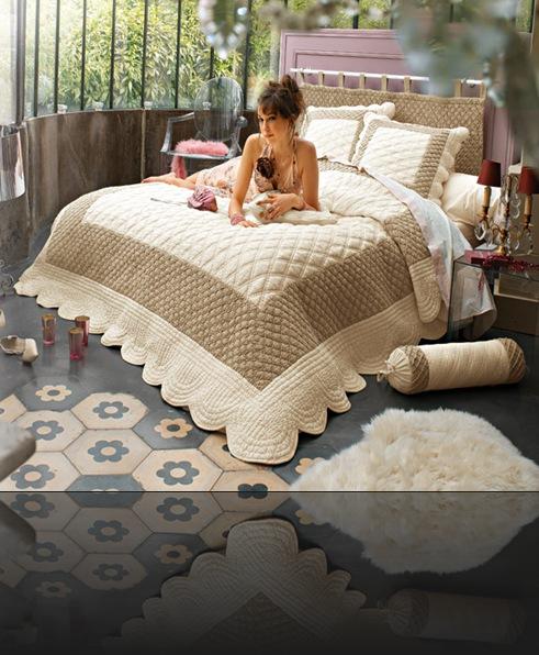 1000 deco t te de lit pas cher. Black Bedroom Furniture Sets. Home Design Ideas