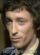 Robert Powell, 1976
