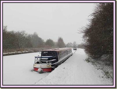 The Bridgewater Canal near Altrincham in a snowstorm on 1 December 2010