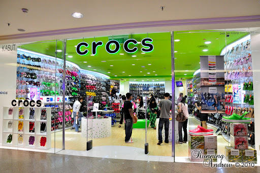 7d181d7ee0058 CROCS CONCEPT STORE MIDVALLEY REOPENING   Lot G-013A