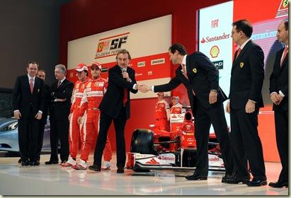 Paddock Info  Scuderia Ferrari Marlboro d705b2aa710