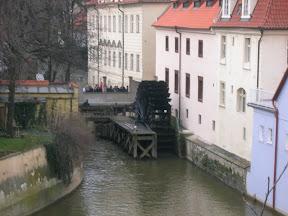 036 - Molino junto a Karluv most.JPG