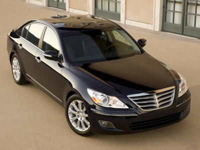 Sedan Hyundai Genesis have equipped with the engine with a turbo-supercharging