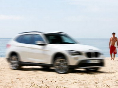 BMW X1 — the first photo without a camouflage