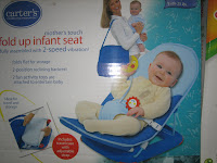 1 Baby Bouncer CARTER'S FOLD UP INFANT SEAT