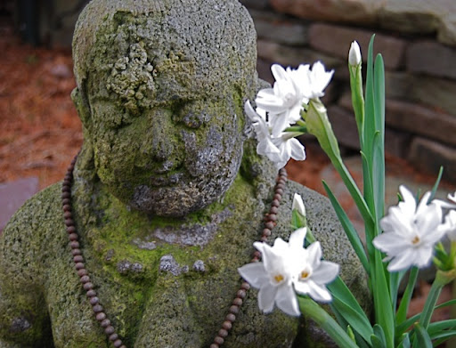 Ageing Stone Buddha Statues For The Garden