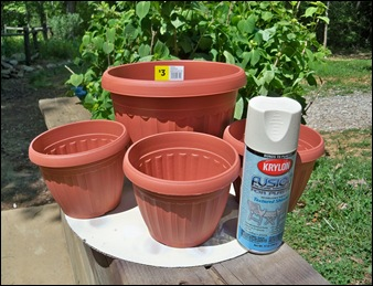 Keen Inspirations Tipsy Pot Planter. Spray Paint Plastic Planters Why Did I  Not Think Of This Myself