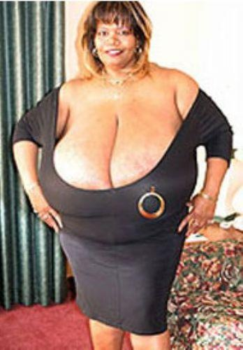 World's Largest Natural Breasts (Norma Stitz) 11