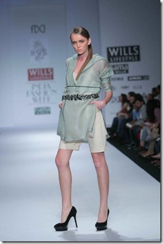 WIFW SS 2011 collection by Vineet Bahl (21)