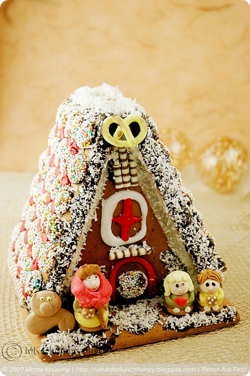 Scandinavian Gingerbread House - Pepparkakstuga (01) by MeetaK