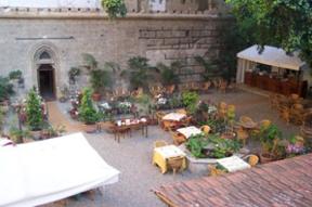 Sizilien - Addiopizzo - Kursaal Kalhesa - Restaurant im Garten