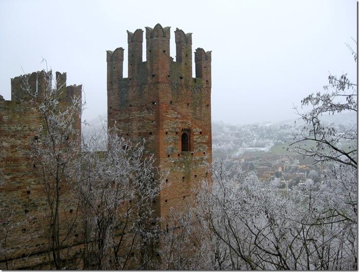 Castell'Arquato amid galaverna