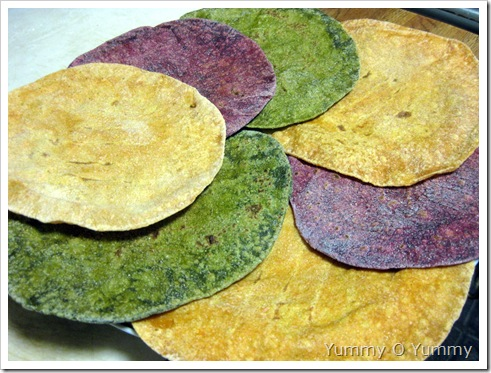 Spinach, Beetroot, Carrot Chappathi