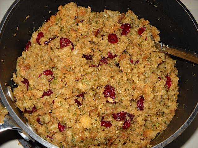 stuffing w cranberries and walnuts
