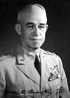 美国首任参谋长联席会议主席布莱德利.jpg