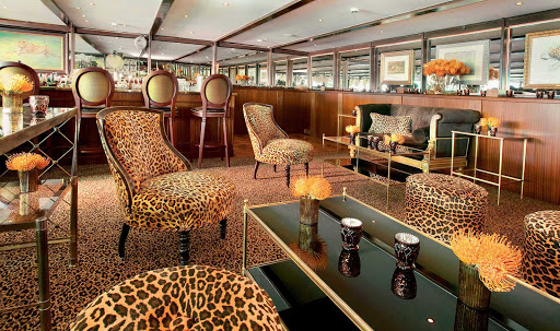 Uniworld-SS-Antoinette-Bar-du-Leopard - Enjoy pre-dinner drinks in S.S. Antoinette's lavish Bar du Leopard during your Uniworld cruise on the Rhine River.