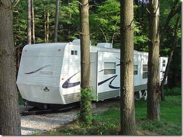 Exterior of King Rental RV at Lake Rudolph Campground & RV R