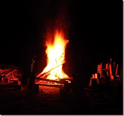 camp-fire-3