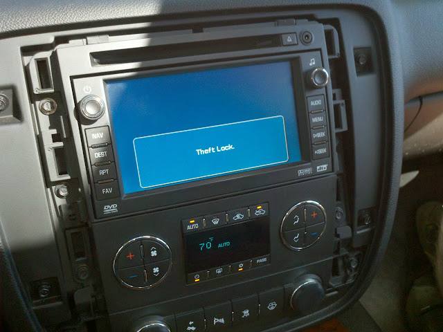 Big Day For The Avalanche Yesterday! Installed OEM nav radio
