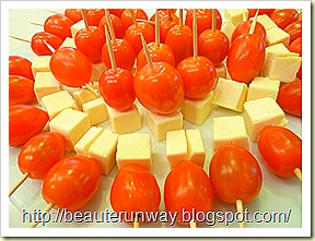 cheese and bay tomatoes