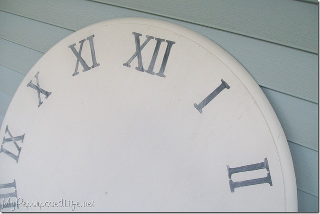 old kitchen table used to make a faux clock