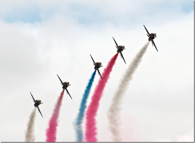 red arrows close formation enid copy