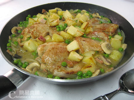 焗雞腿配白酒蘑菇汁 Roast Chicken with Bacon & Peas