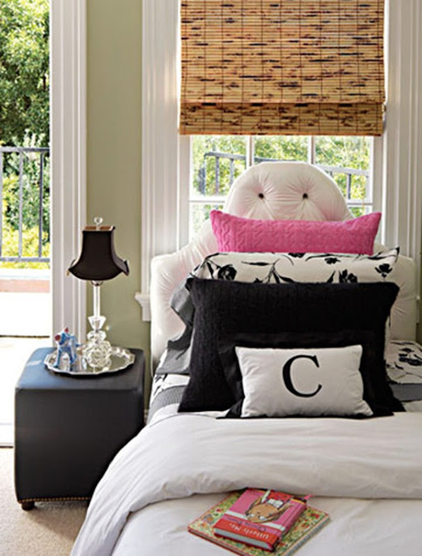 127-white-floral-bedroom-0706_xlg-38404226