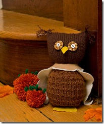 Halloween-Craft-Knitted-Owl_full_article_vertical