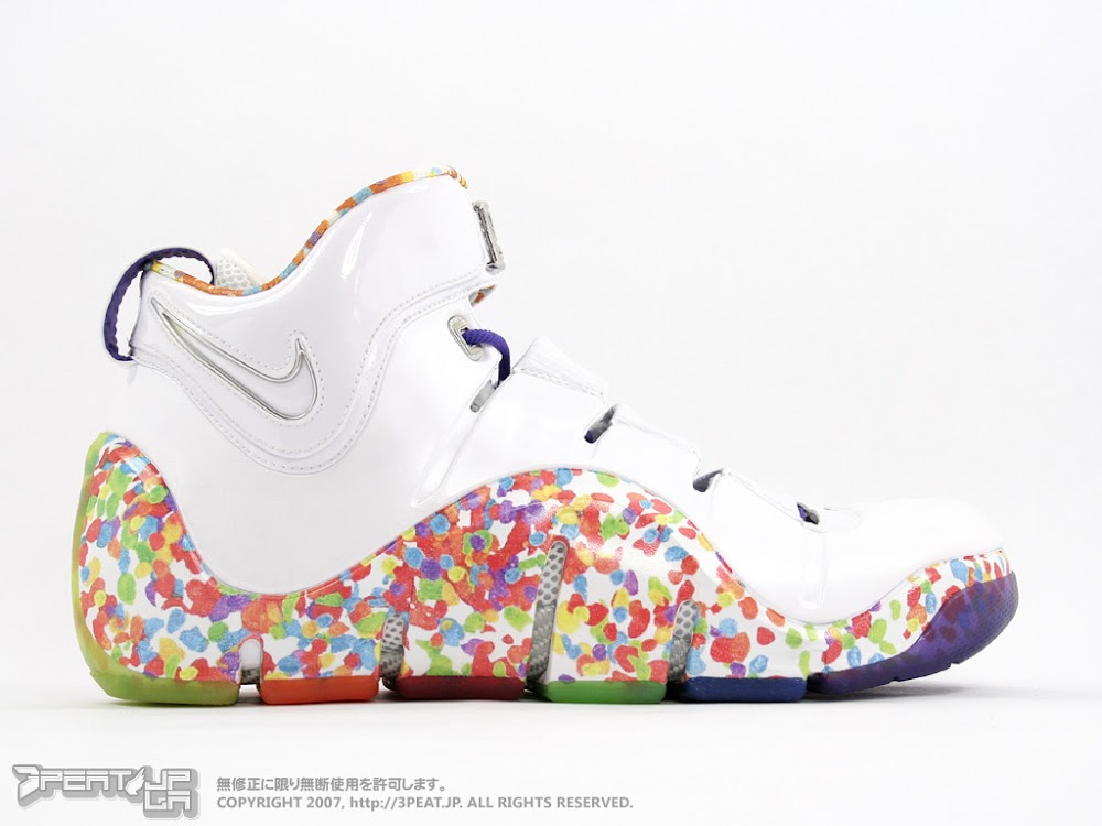 40b3a22220e ... Nike Zoom LeBron IV 8220Fruity Pebbles8221 Alternate Player Exclusive  ...