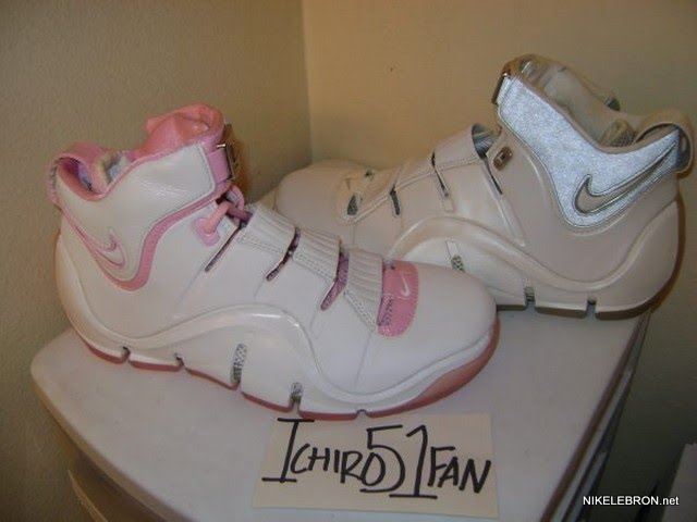 ... Throwback Thursday White Pink Zoom LeBron IV aka 8220Gloria8221 PE ... da24410b8
