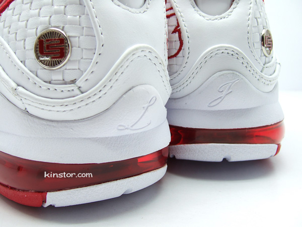new style d05c5 f3931 ... Second Look at the White Varsity Red Nike Max LeBron VII 7 NFW ...