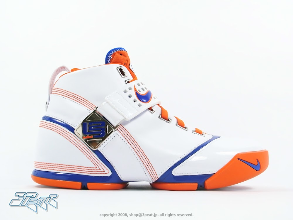 ... Throwback Thursday Nike Zoom LeBron V Hardwood Classic PE ... aa08da15f