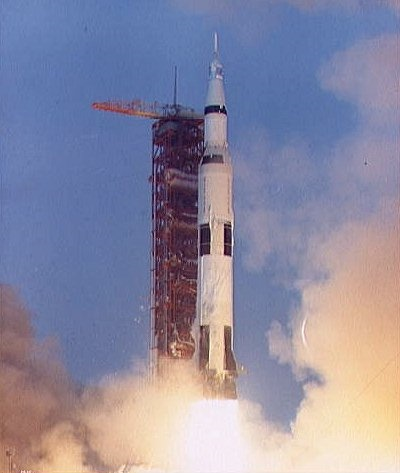 apollo 13 disaster in space - photo #22