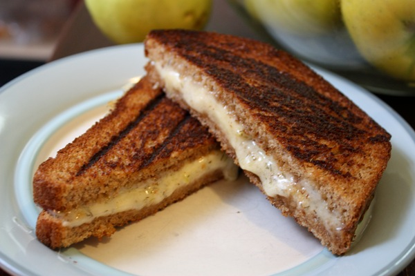 Havarti Grilled Cheese with Apples