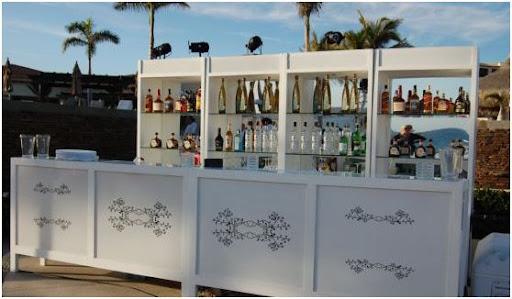 decoracion lounge de un bar