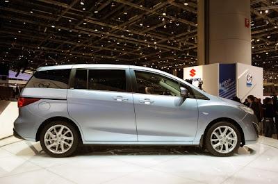 2011 Mazda5-03.jpg