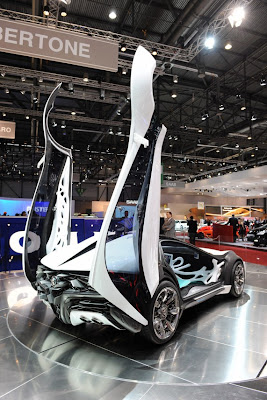 Bertone Alfa Romeo Pandion Concept-04.jpg