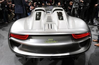Porsche 918 Spyder Concept-03.jpg