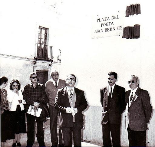 Momento de la inauguración de la plaza.