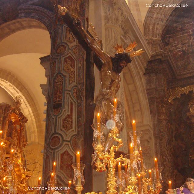 Semana Santa de Sevilla 2011 - El Amor - Cristo - 0aa.jpg