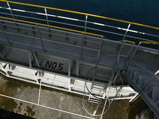 洪水吐のゲート
