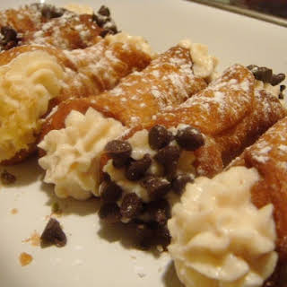 Basic Cannoli.
